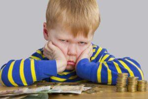 Nárok na sociální dávky pro samoživitelku s dítětem