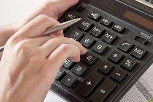 Výpočet exekuce na mzdu a invalidní důchod současně