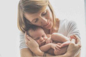 Kalkulačka: Kdo má nárok na porodné v roce 2021