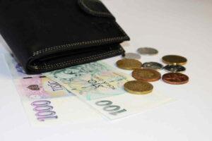 Mzdová kalkulačka: Výpočet čisté mzdy 2021 (po zrušení superhrubé mzdy)