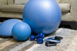 Jak často a jak dlouho cvičit pro hubnutí – kolikrát týdně je to akorát?