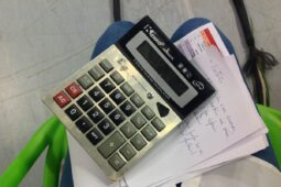 Výpočet výše podpory v nezaměstnanosti (kalkulačka 2021)