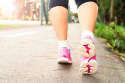 Dá se břicho zhubnout jenom chůzí?