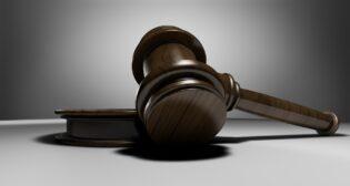 Exekuce na účet v bance, kvůli dluhu manžela
